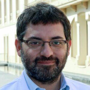 Dr. Santiago Viteri